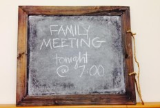 family-meeting-sign